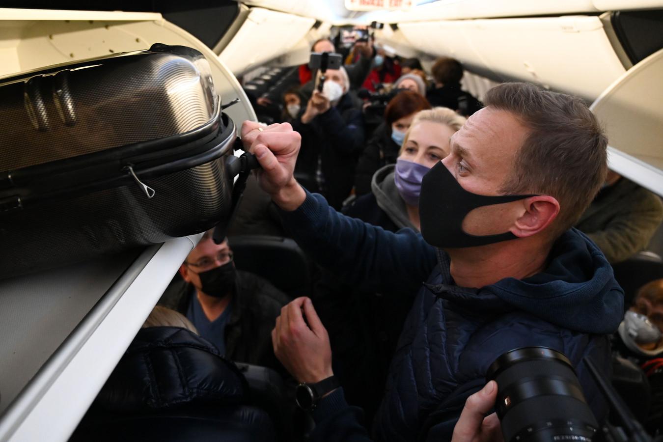 Alexeï Navalny dans l'avion qui le ramenait en Russie.