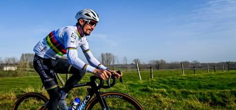 Omloop: ook zonder Van der Poel en Van Aert ziet Alaphilippe zich niet als topfavoriet