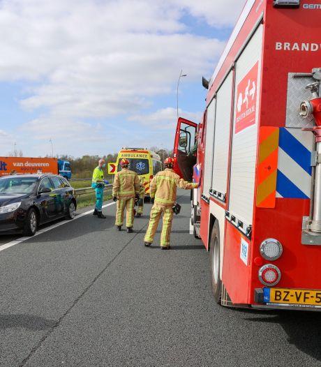 Verbindingsweg tussen A2 en A67 weer open na ongeluk bij knooppunt De Hogt