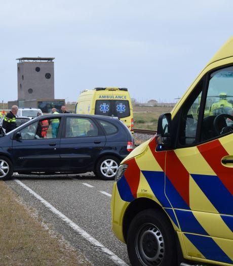 Vijf gewonden bij ernstig ongeluk op de Brouwersdam