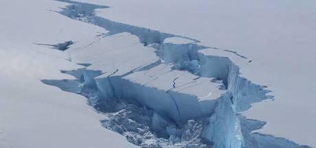 IJsberg twee keer zo groot als Luxemburg op weg naar open zee