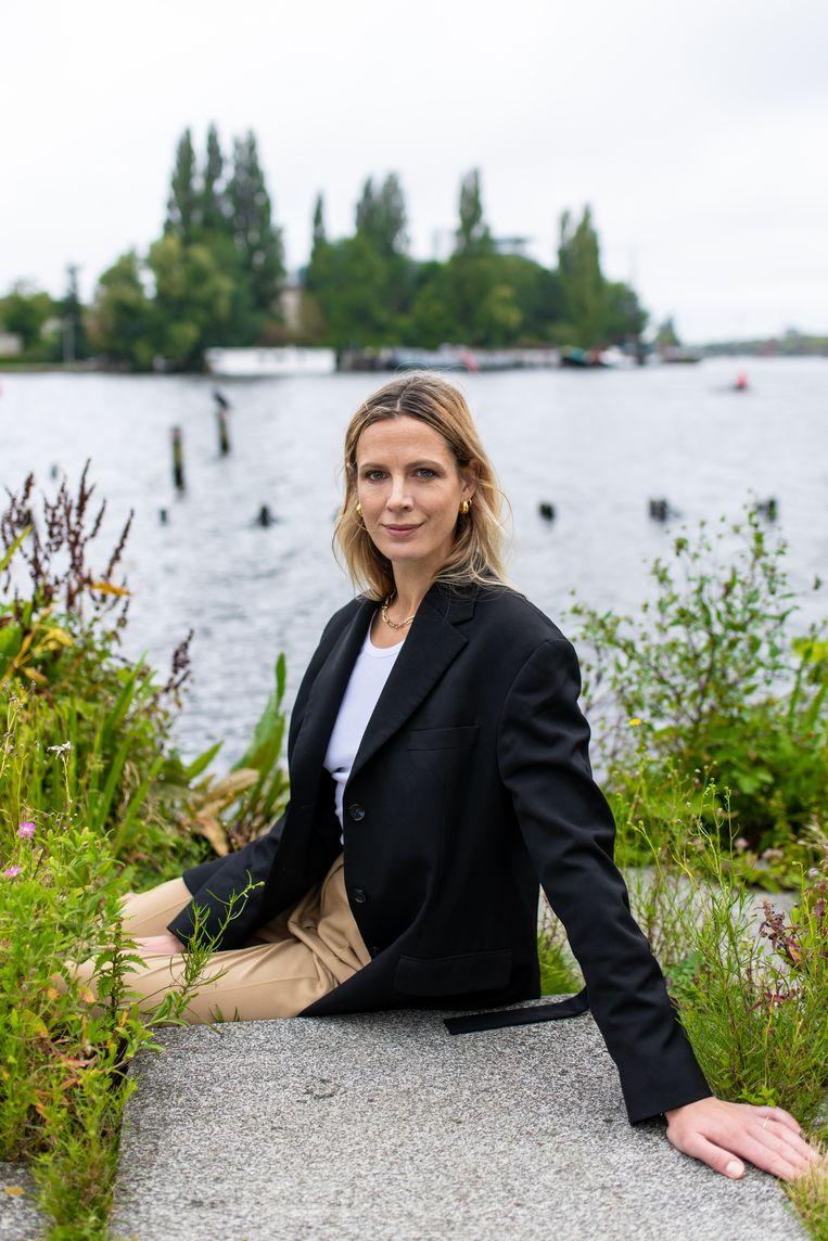 Rinke Tjepkema: 'Ik ben vaak te lui om een oppas te regelen, dus meestal eten we in een restaurant waar de babyfoon bereik heeft.' Beeld Nosh Neneh