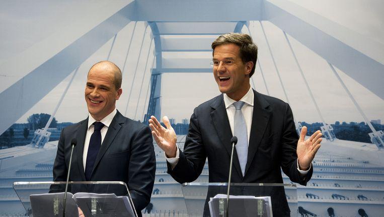 Diederik Samsom en Mark Rutte tijdens de presentatie van het regeerakkoord in 2012. Beeld anp