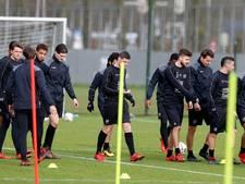 De keuze voor Jean-Paul de Jong is reuze tegen Feyenoord