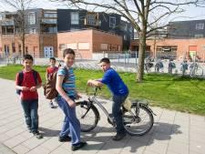 Verdachte vloeren: geen paniek, wel item op schoolplein