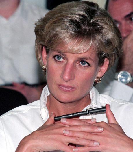 Les derniers mots de Lady Diana révélés par le sergent pompier qui a tenté de la secourir