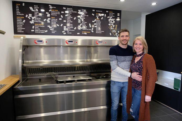 Gino en Marlies heropenen frituur Gi&Mi aan de Breendonkstraat