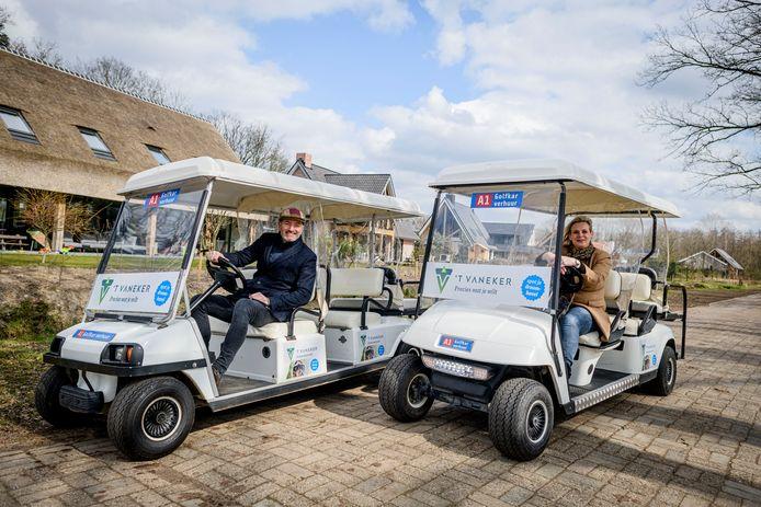 Eind maart kon een aantal belangstellenden in een golfkarretje langs de 17 kavels op 't Vaneker.