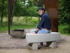 Nadenken bij Moluks monument in 'zijn' Wierden, dat maakt dit voor Theo de Putter het mooiste plekje
