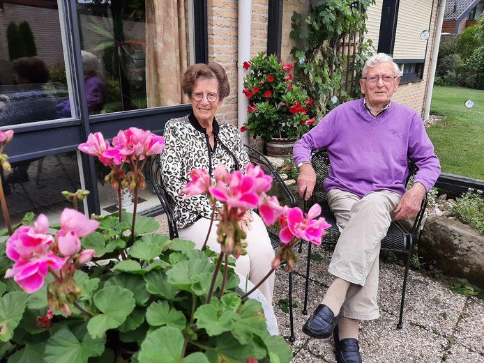 Diny en Gerhard Leestemaker: 65 jaar getrouwd.