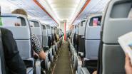Vliegtuigpassagier gooit het op akkoordje met obese buurman: 150 dollar voor mijn gebrek aan comfort
