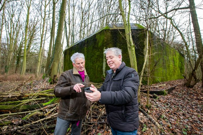 Cees van Veldhoven en Jan-Willem van den Beukel hebben samen gewerkt aan het boek en aan de audioroutes langs plekken die in de oorlog belangrijk zijn geweest.