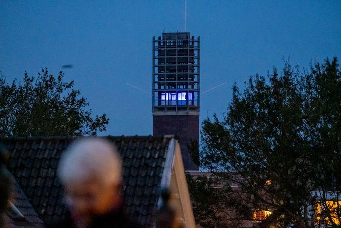 VN-blauw in de toren van het Vlissingse stadhuis.