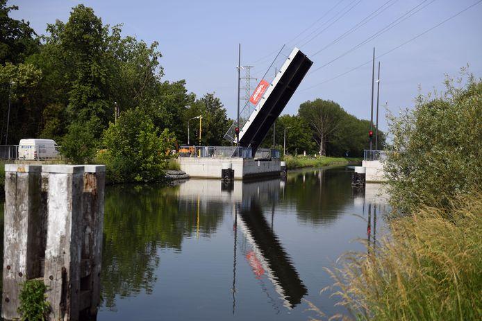 De nieuwe Kruineikebrug is ondertussen ook in gebruik genomen.