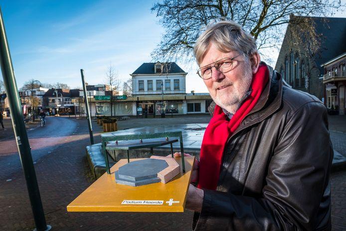 Aart van Ommen won de ontwerpwedstrijd voor de kap van het podium in het centrum van Heerde.
