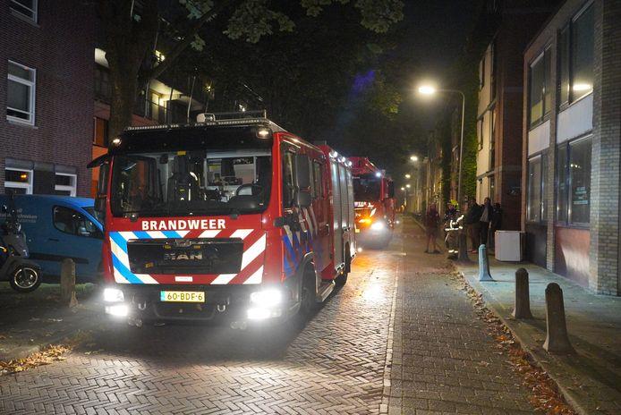De flat aan de Singelstraat in Arnhem waar woensdagochtend een brandje woedde.