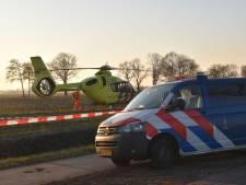 Mountainbiker raakt zwaargewond in Steenwijkerland, traumaheli vliegt uit