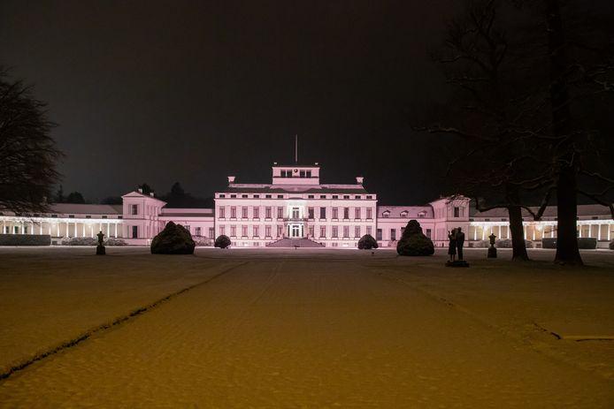 Paleis Soestdijk op 16 januari in de sneeuw.