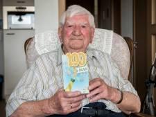 Honderdjarige Bram Versprille zweert bij orde en regelmaat