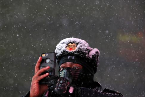 Foto van Sneeuwstorm geselt noordoosten van Verenigde Staten