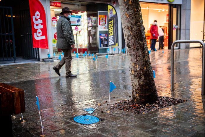 Heel wat sigarettenpeuken raken nog steeds de grond, en dat wil Stad Hasselt samen met Mooimakers mijden.