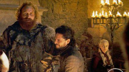 Echte eigenaar van 'Game Of Thrones'-koffiebeker klaagt bij Starbucks om deel van de winst
