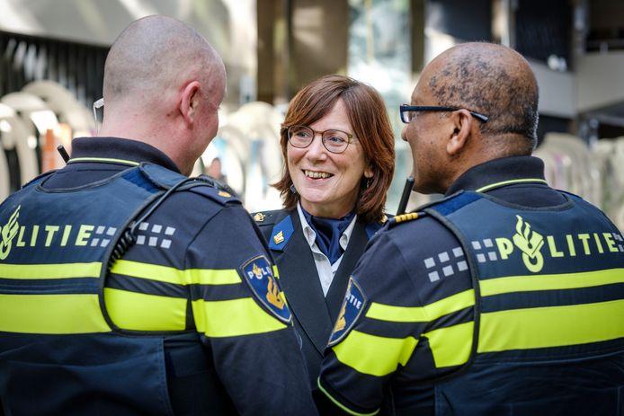 Liesbeth Huyzer, plaatsvervangend korpschef.
