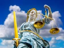 Eis: 30 maanden cel voor kungfuleraar om mishandelen volgelingen