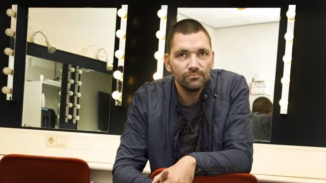 Theater krijgt boete van 2500 euro voor volle zaal bij Theo Maassen