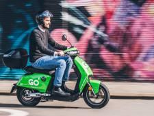 Gebruikers van foutgeparkeerde scooters kunnen boete van 50 euro krijgen