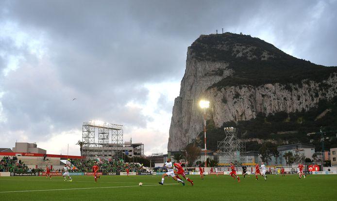 Het Victoria Stadion van Gibraltar.