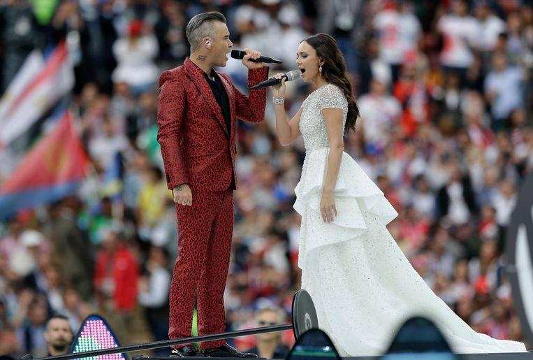 Robbie Williams en Aida Garifullina Beeld AP