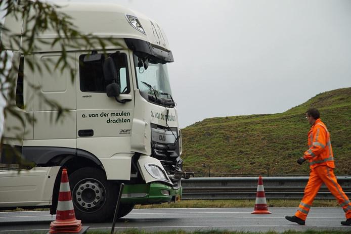 De vrachtwagen op de A1 zorgde voor een lange file.