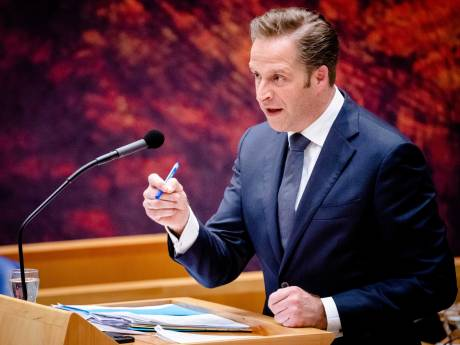 Minister in coronadebat: 'Ergens in komende weken gaat heel Nederland in het groen'