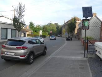 Smiley-bord pinkt groen bij 50 kilometer per uur... in een zone 30