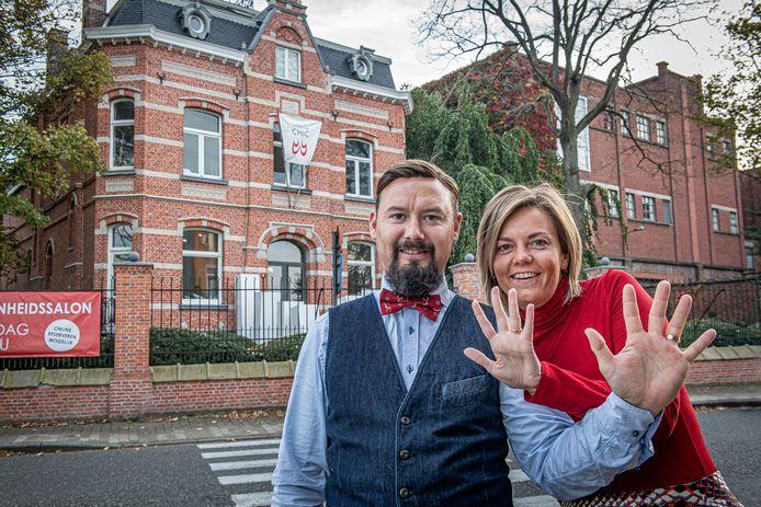 Jurgen Vanbiervliet en Ellen Denoo vieren de tiende verjaardag van hun schoonheids- en kapsalon Chic met een event voor het goede doel.