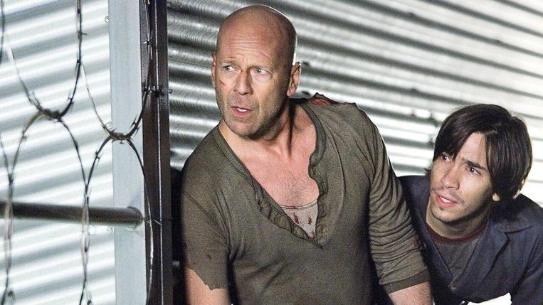 Bruce Willis en Justin Long in Die Hard 4.0 Beeld x