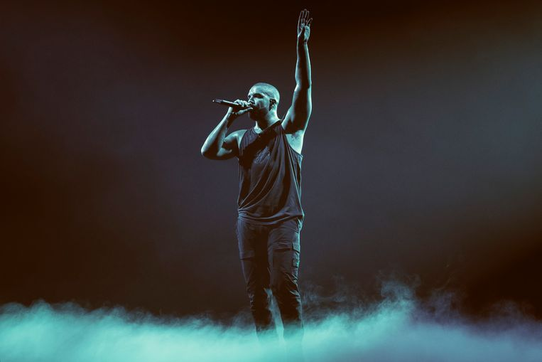 Drake, hier tijdens zijn optreden in het Sportpaleis vorige maand, brak met zijn nieuwe plaat alle streamingrecords. Beeld Illias Teirlinck