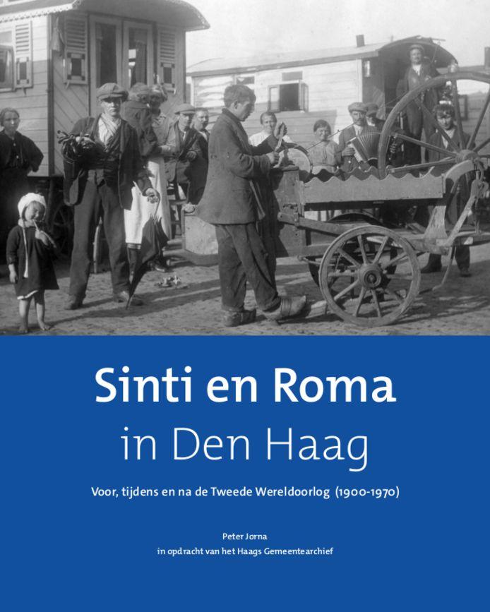 Eerste woonwagens van zigeuners in Den Haag.