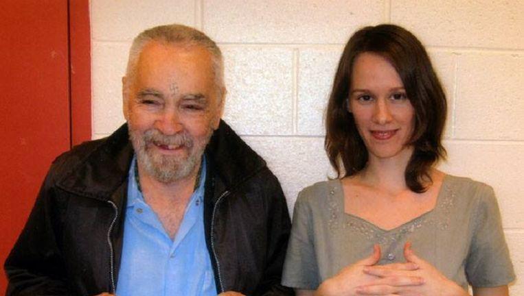 Charles Manson in de gevangenis met 'Star'. Beeld Charles Manson