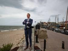 Nieuwe burgemeester Urk staat voor uitdaging: 'Ik ontken niet dat er hier een en ander aan de hand is'