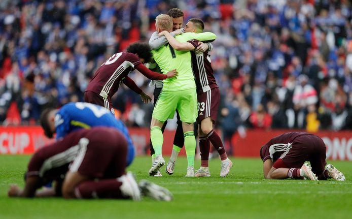 Leicester City viert het feest na de 1-0 overwinning op Chelsea.
