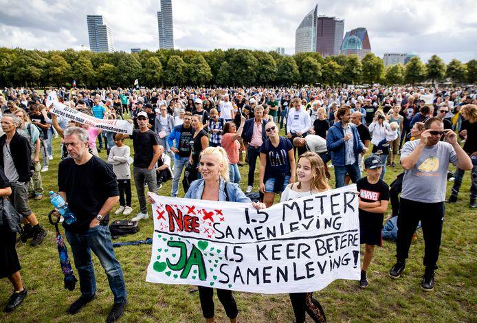 Foto ter illustratie. Een protest van Viruswaanzin tegen de coronamaatregelen afgelopen zomer.
