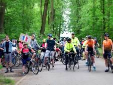 Lekker fietsen voor je eigen thuis, bewoners Titurel maken vaart: 'Ik had er zin in'