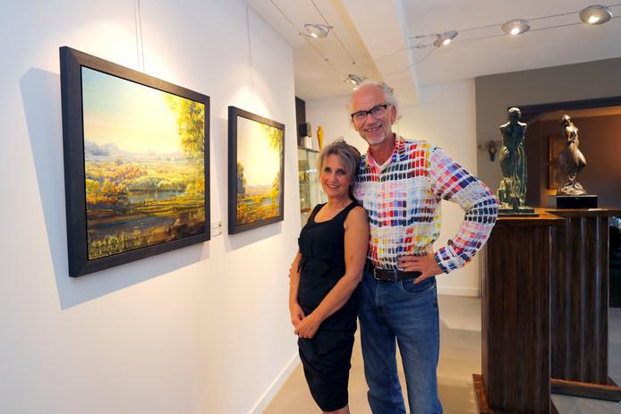 Ger Stallenberg en zijn vrouw Suus in galerie/atelier Het Ware Huis.