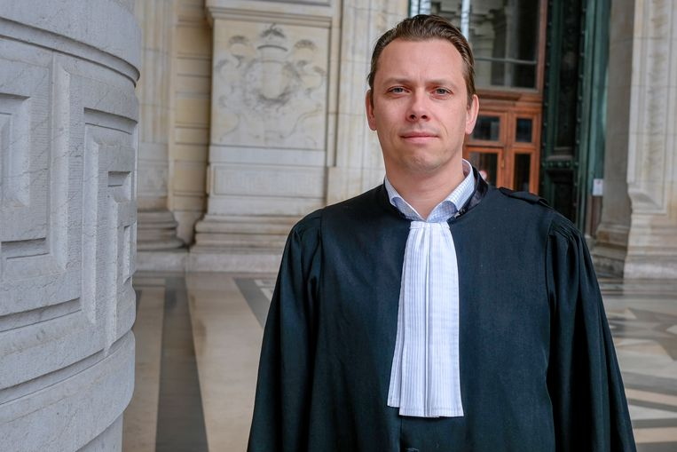 Meester Wouter Smet, die Koen V. verdedigt