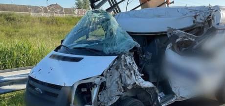 Filmende passanten op de bon na ernstig ongeluk op A15