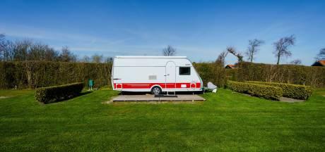 Campinghouders en vakantieparken ten einde raad: sluiten of niet?