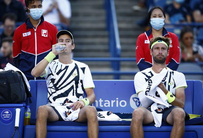 Sander Gillé et Joran Vliegen avaient atteint les quarts de finale l'an dernier, ils quittent le tournoi dès le deuxième tour.