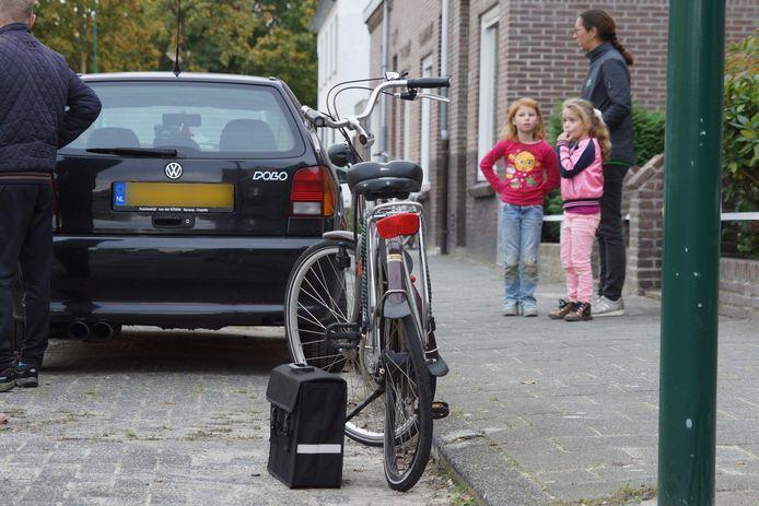 Ongeluk tussen fietser en automobilist in Kaatsheuvel.